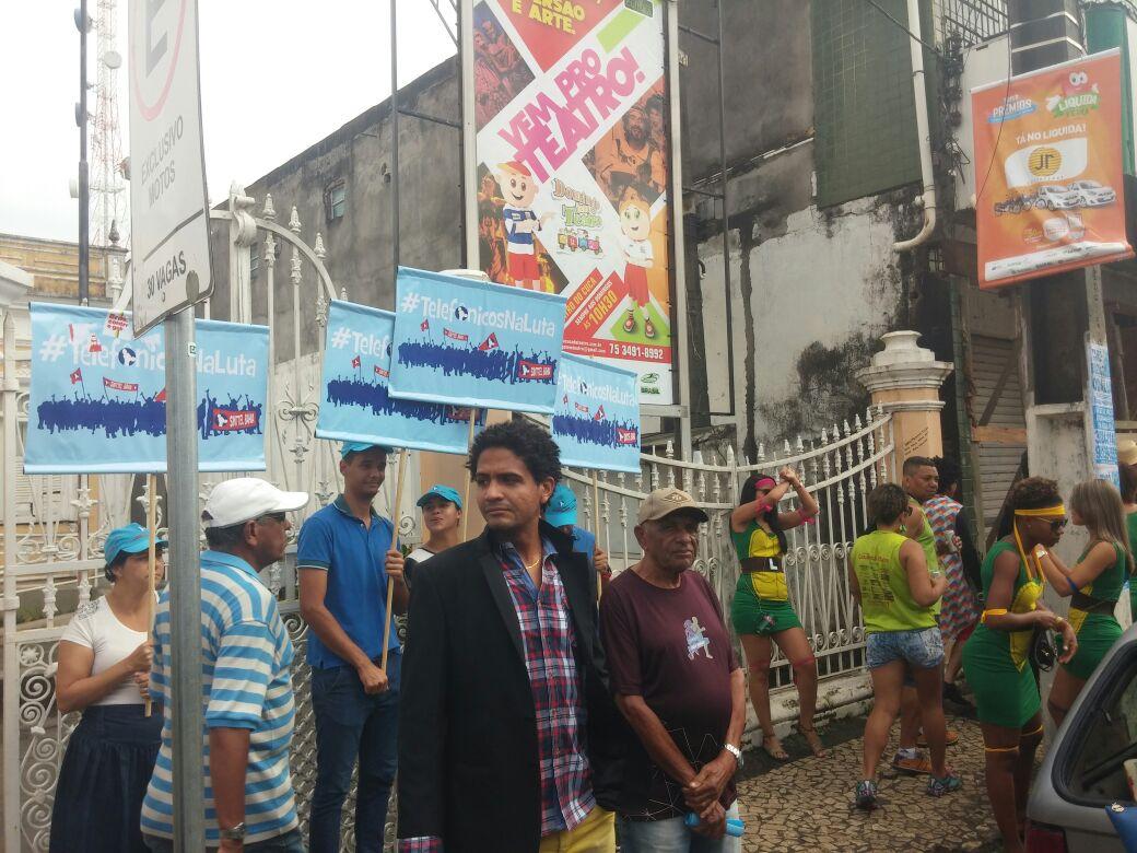 Sinttel participa de desfile em Feira de Santana